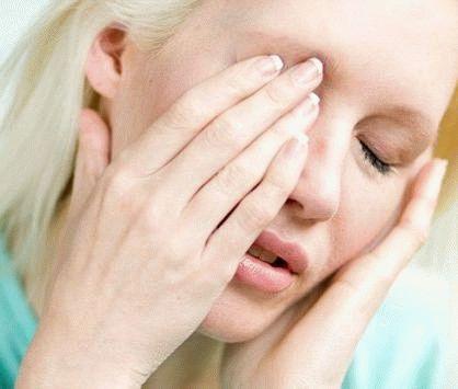 болит глаз после операции
