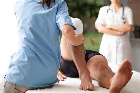 Спортивный массаж состоит из нескольких базовых движений.